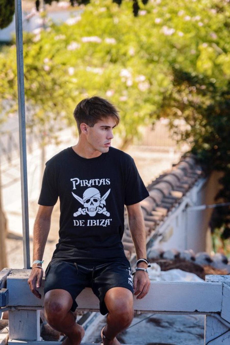 Camiseta Clásica Piratas Adulto