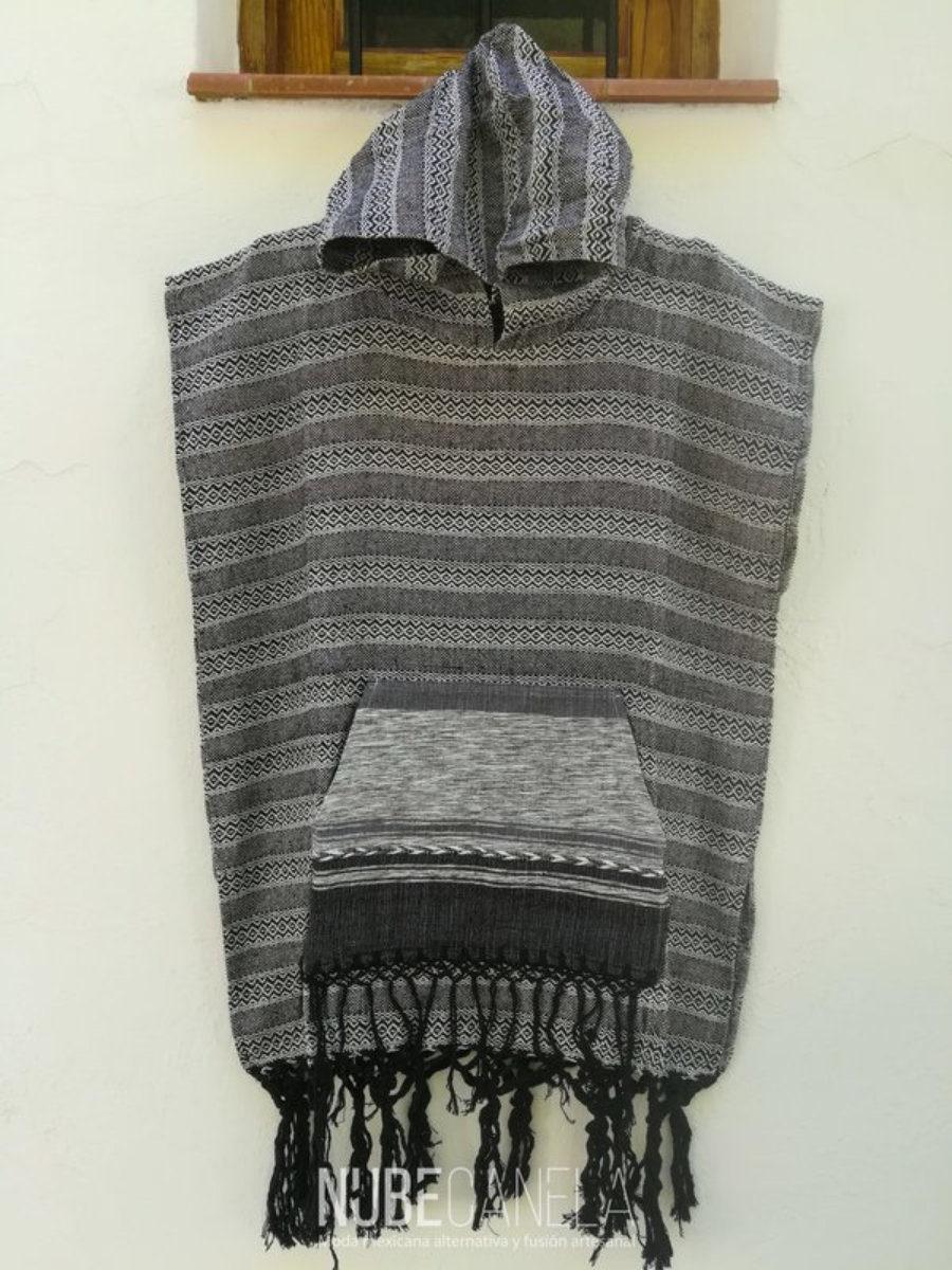 Poncho quetzacoatl gris