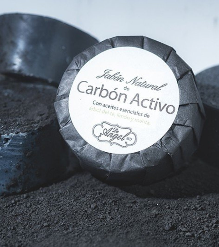 Jabón natural de carbón activado