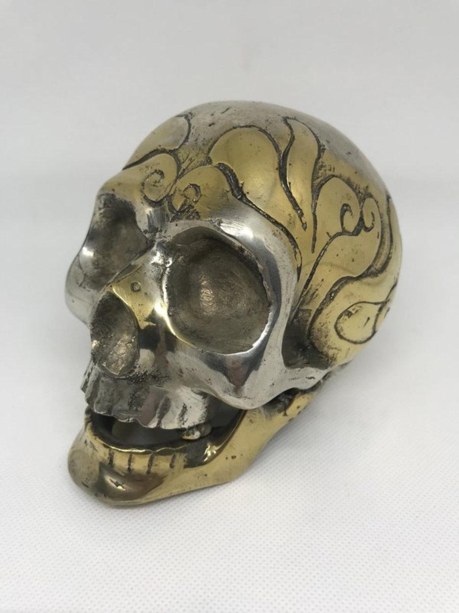 Calavera metal 1 dorada/plateada