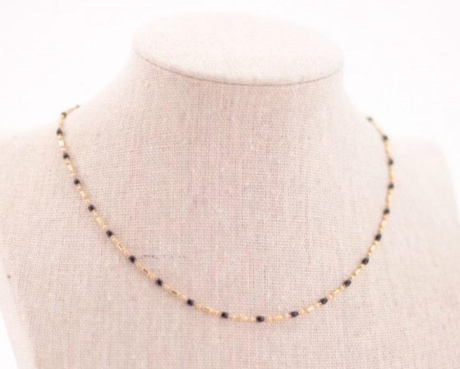 Black or white bead chain
