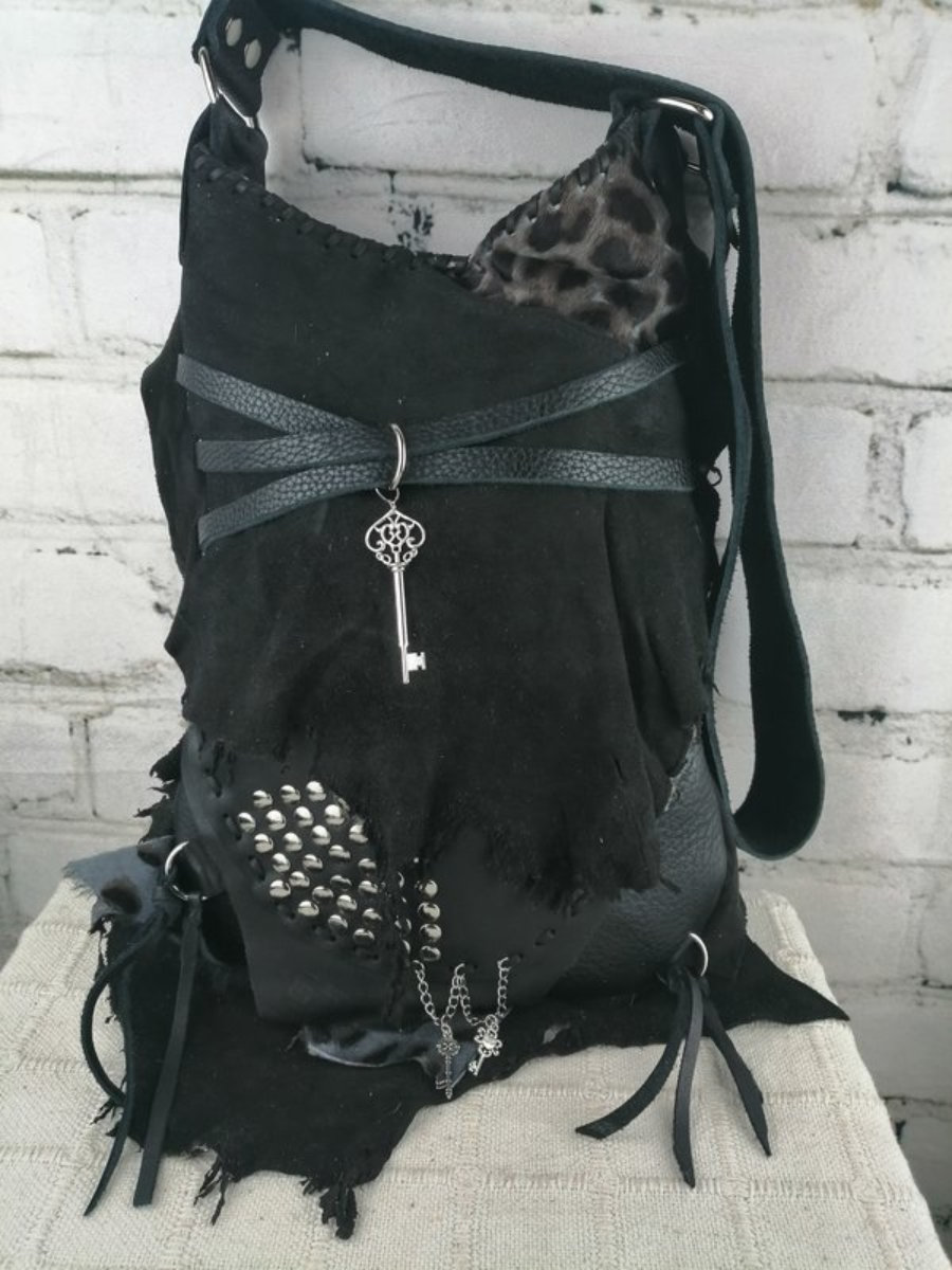Bolso Negro Piel Custom/ Estilo Motero Mujer