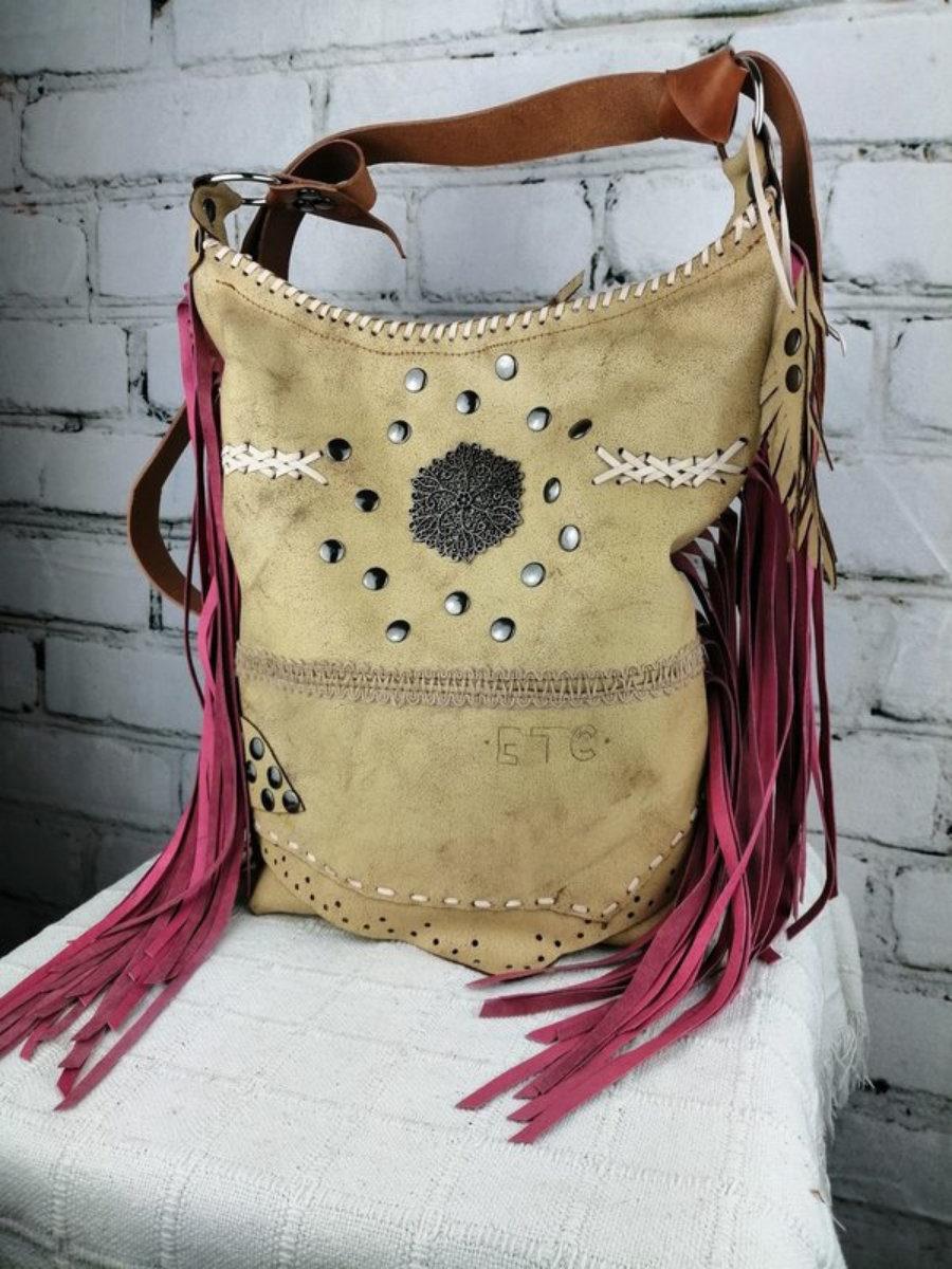 Bolso Cuero Beige/ Diseño de Mujer Estilo Hippie Festivalero
