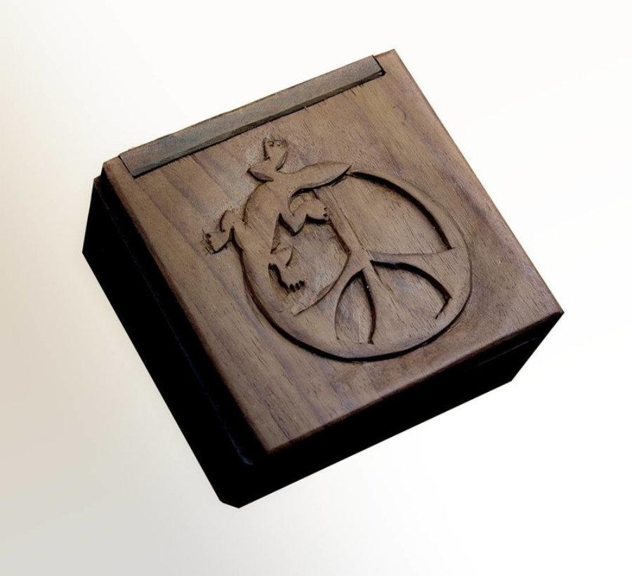 Caja Pequeña Madera Logo