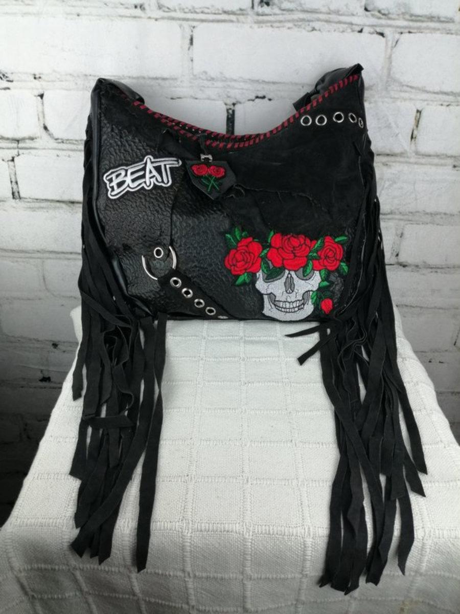 Bolso Negro de Piel Heavy Calavera y Rosas