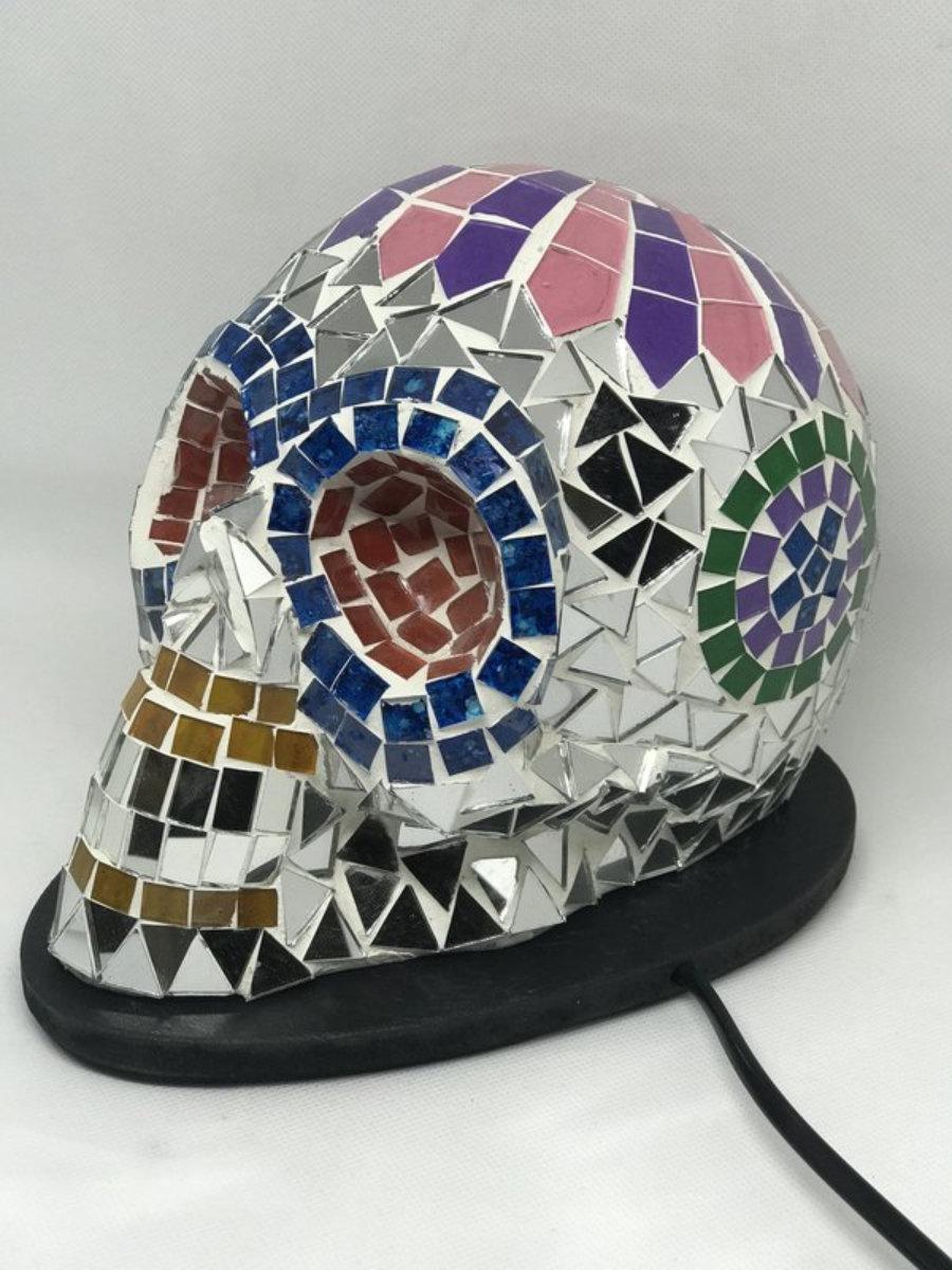 Lámpara calavera mosaico