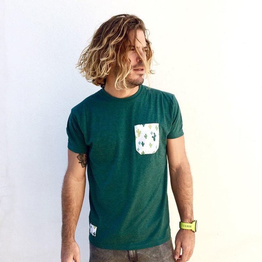 Camiseta bolsillo cactus