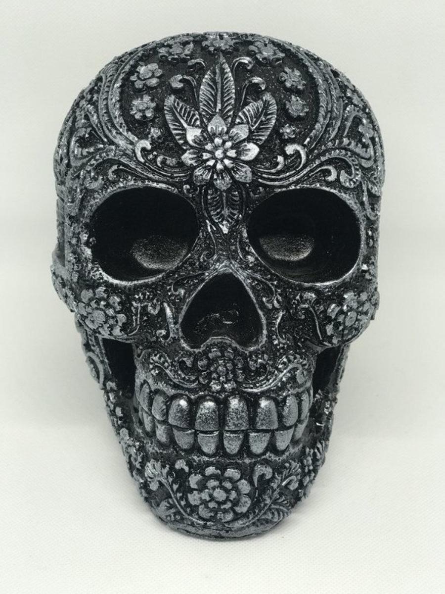Calavera resina carving negro/plateado