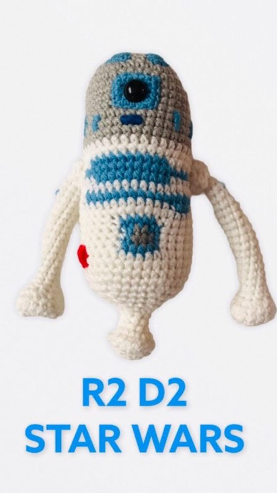 """AMIGURUMIS Muñecos de croché """"R2D2 Stars Wars"""""""
