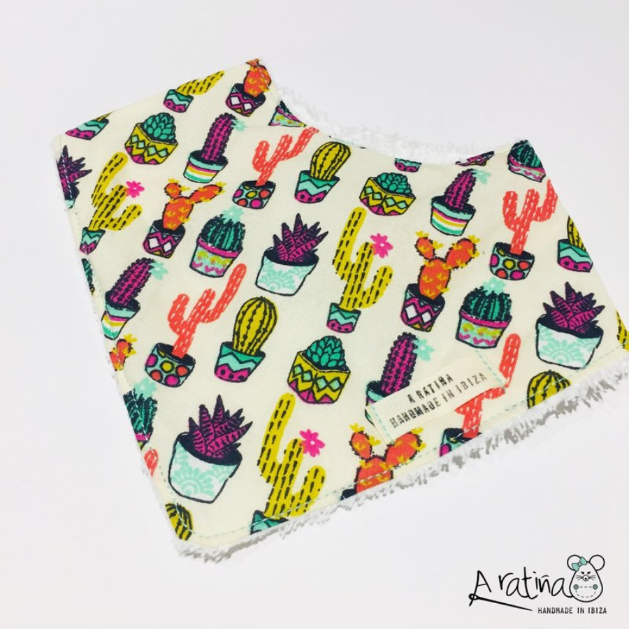 Bandana bebé cactus colores