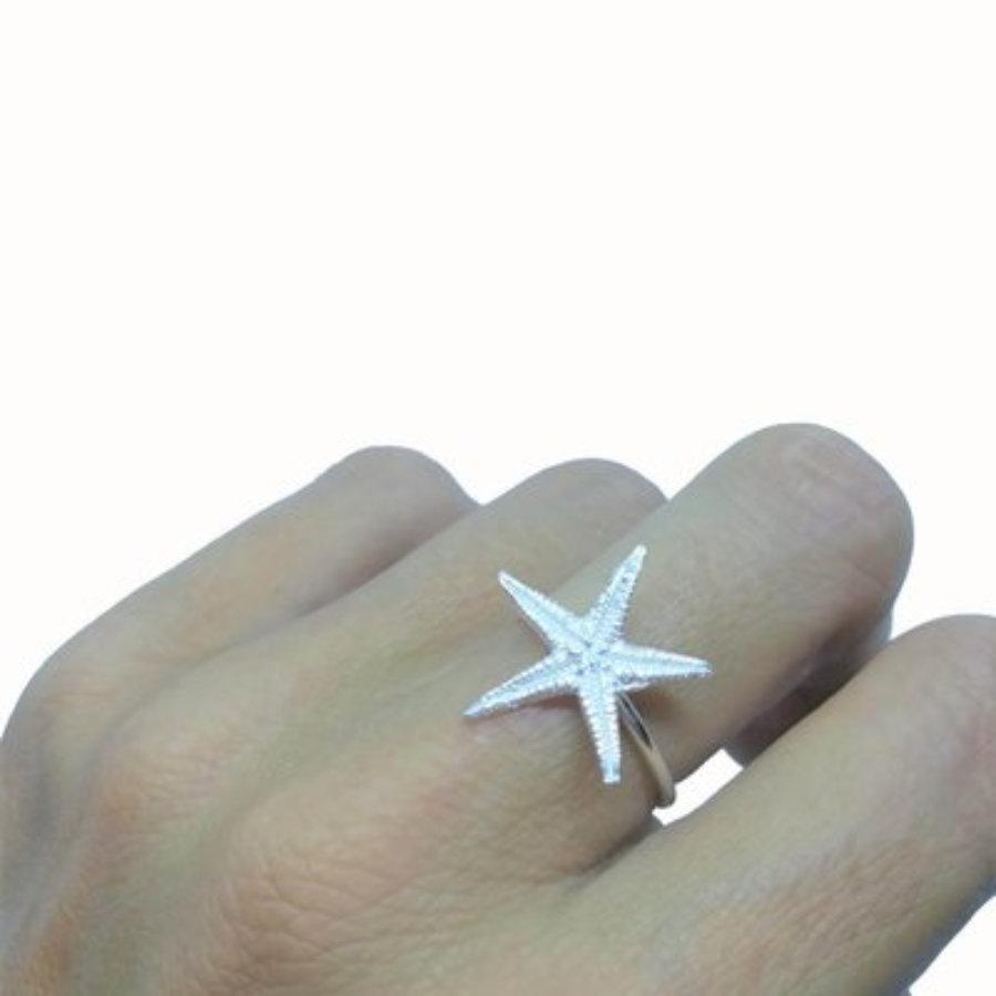 Small starfish ring