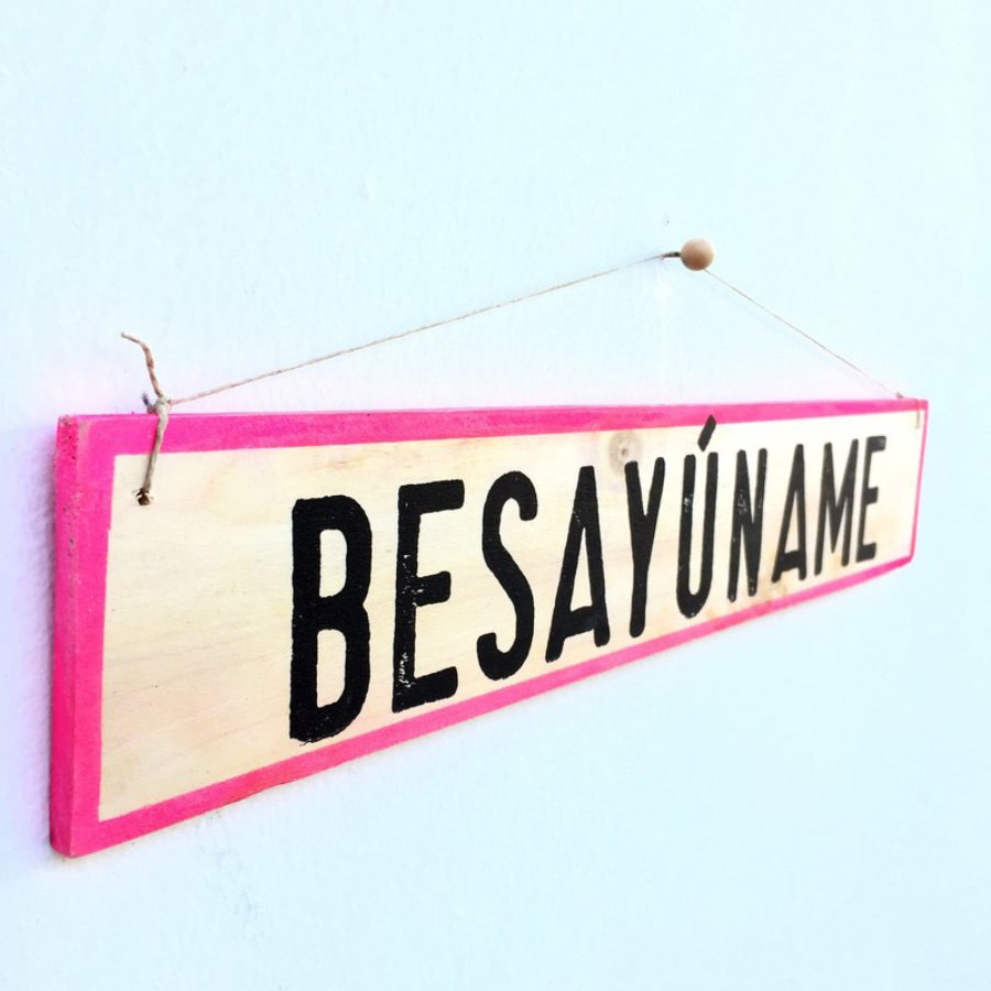 Cartel Besayúname - Enkaja Ibiza
