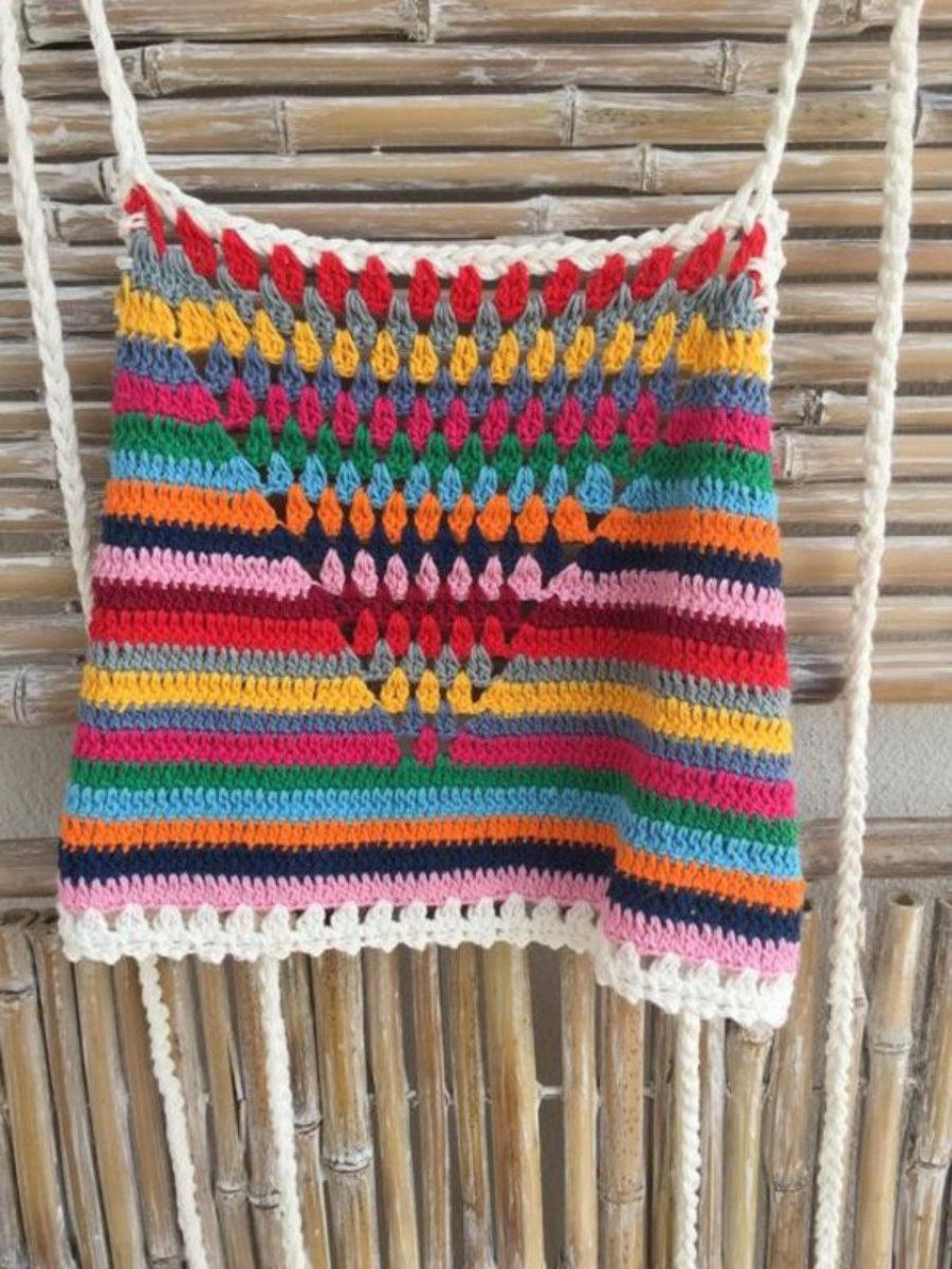 Top triangulo multicolor